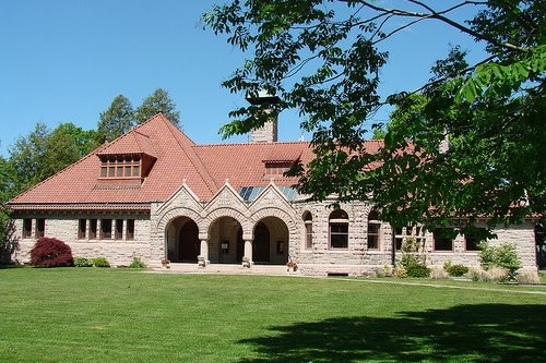 Pequot Library will be offering two Summer Genealogy Roundtable sessions in July and August. The first session is scheduled for July 12.
