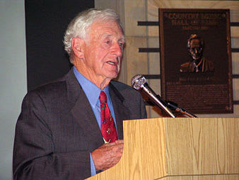 Legendary journalist John Seigenthaler died on Friday. His son, a news anchor for Al Jazeera America, lives in Weston with his wife and son.