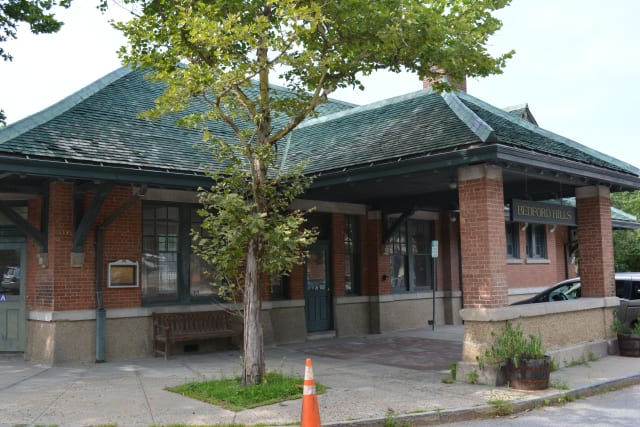 The Bedford Hills train station