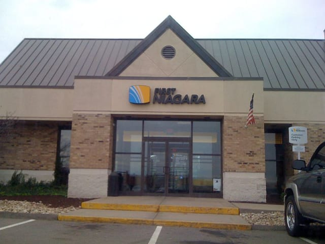 First Niagara Bank, in cooperation with the Red Cross, is helping local county victims of Hurricane Sandy.