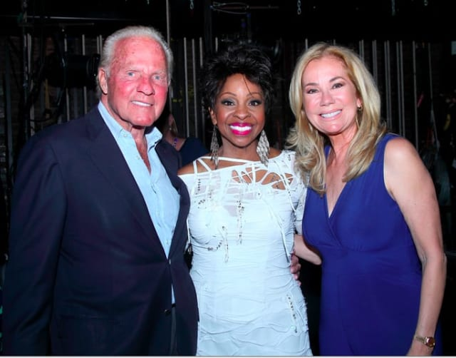 Frank and kathie lee gifford flank singer gladys knight at a dana s
