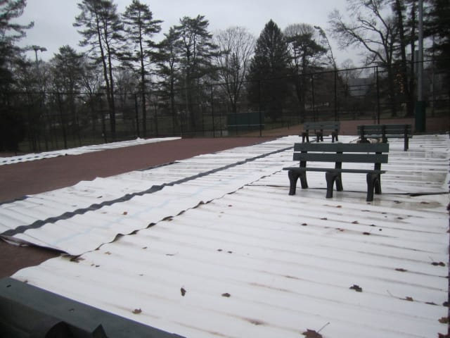 Briarcliff Manor crews are constructing an ice rink on top of the clay tennis courts in Law Park. It will be available before the end of the year.