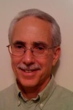 Common Council Democrat Bruce Kimmel has decided to caucus with Republicans on the council.