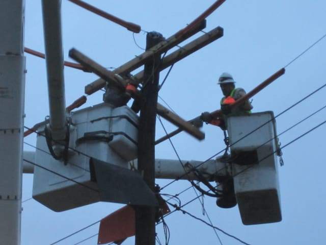 Con Edison officials recently informed Briarcliff Manor representatives that permanent repairs could continue into February.
