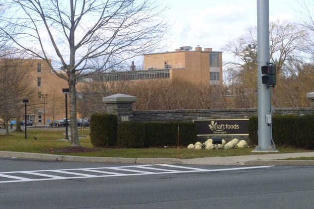 Montefiore Medical Center has completed a deal to buy the Kraft Foods Building in Tarrytown.