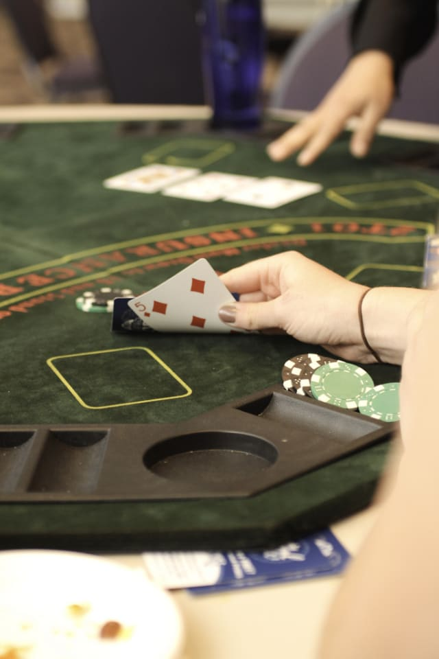 Tuckahoe card sharks will get to support a good cause at the Bronxville Woman's Club on Friday.