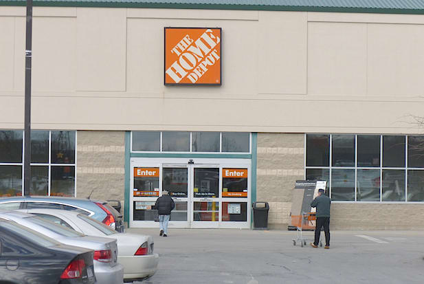 Home Depot announced it will hire 10,000 new positions this year, giving dozens of Greenburgh and Mount Pleasant job seekers the chance to apply at the home-improvement chain.