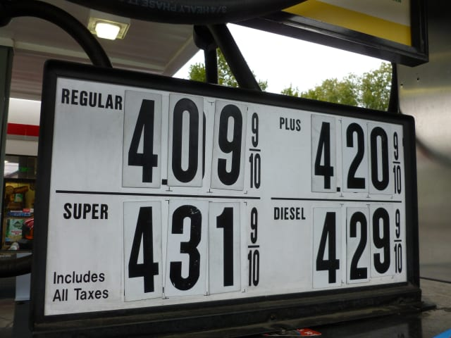 Check out Fairfield County's lowest and highest gas prices for this week.
