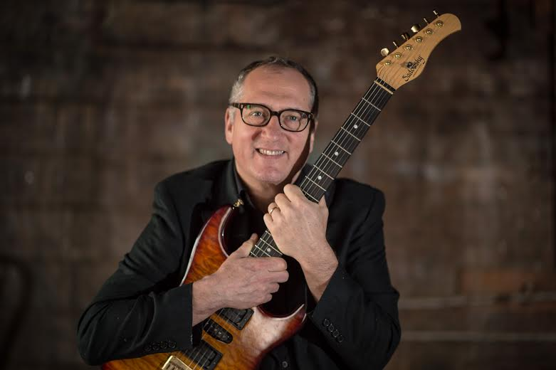 Irvington's Chuck Loeb teaches jazz guitar in the online ArtistsWorks platform that allows him to teach from home or on the road.
