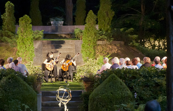 Caramoor Center for Music and the Arts hosts artists Manuel Barreuco and Beijing Guitar Duo for a performance.
