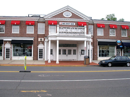 The space formerly used by the Red Door Spa in the Darien Playhouse has a new tenant.