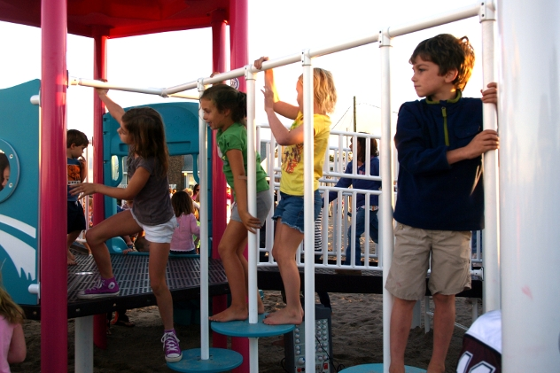 The Wilton Newcomers Club will host a family park play date on Tuesday, Aug. 12, from 1-3 p.m. at Merwin Meadows.