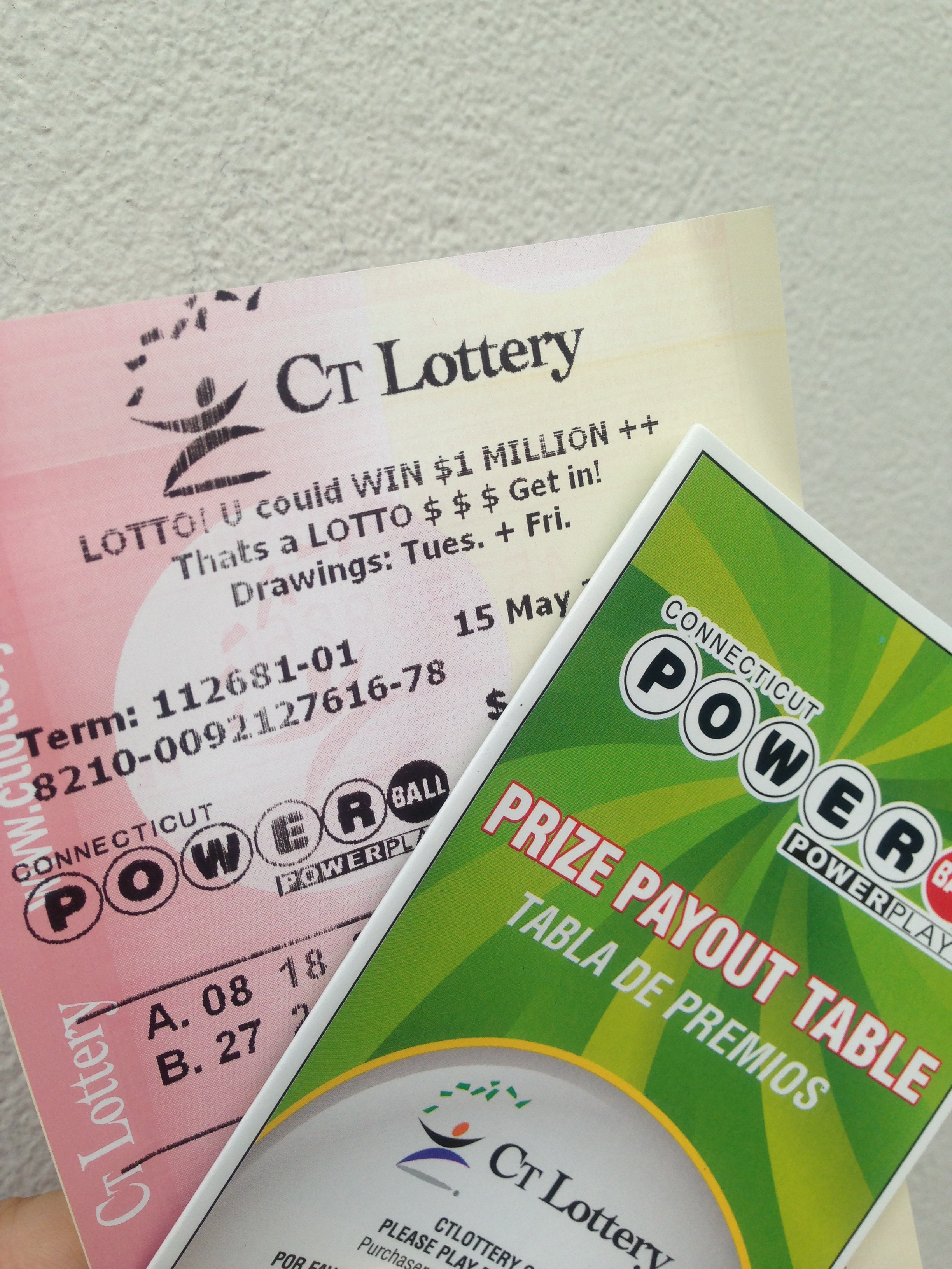 There are many places to buy Powerball tickets in New Canaan.