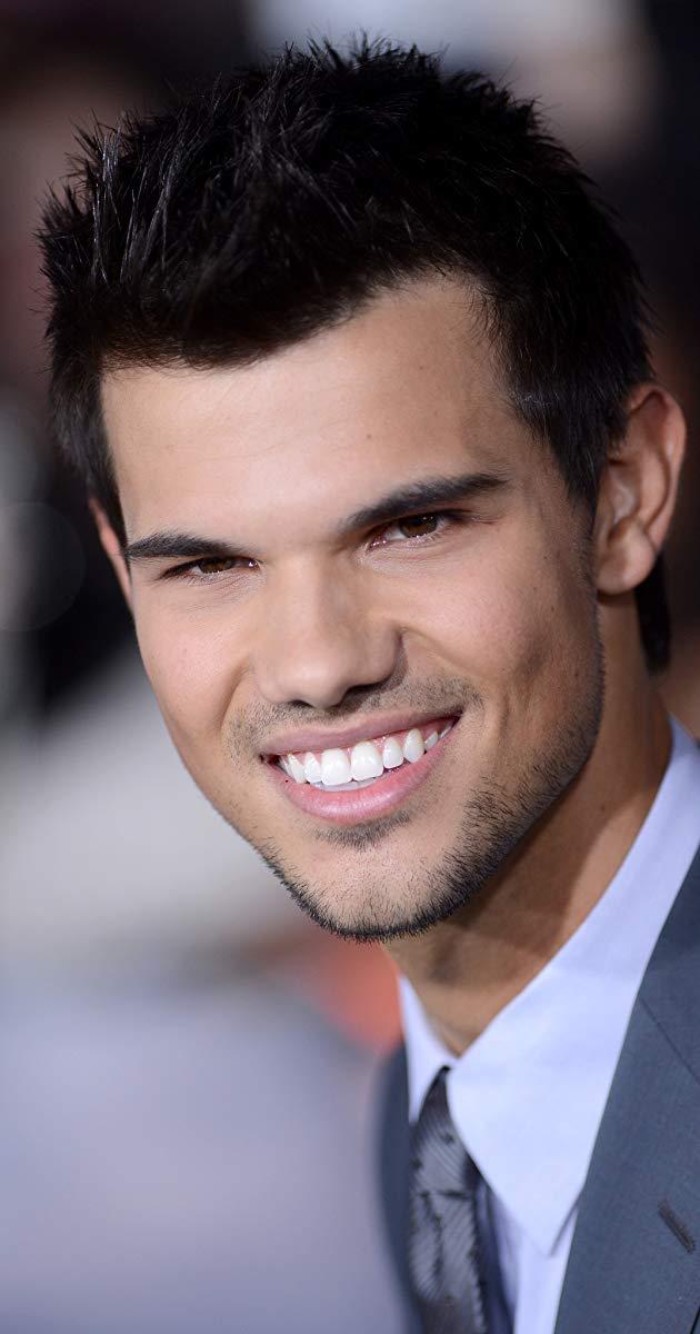 Taylor lautner bod