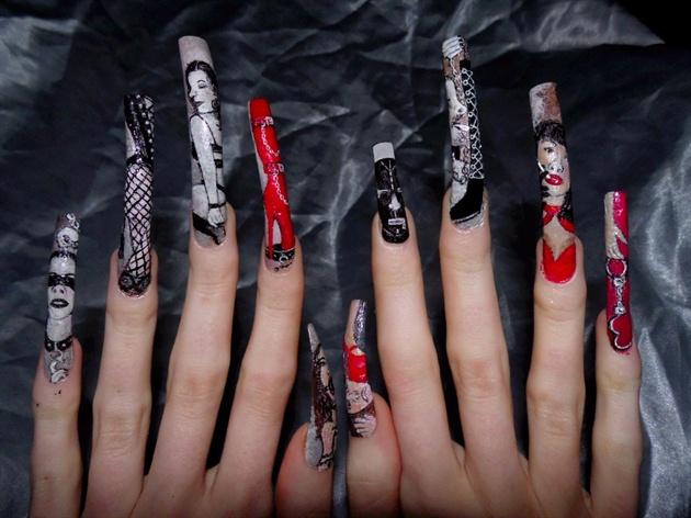 Fettish nails