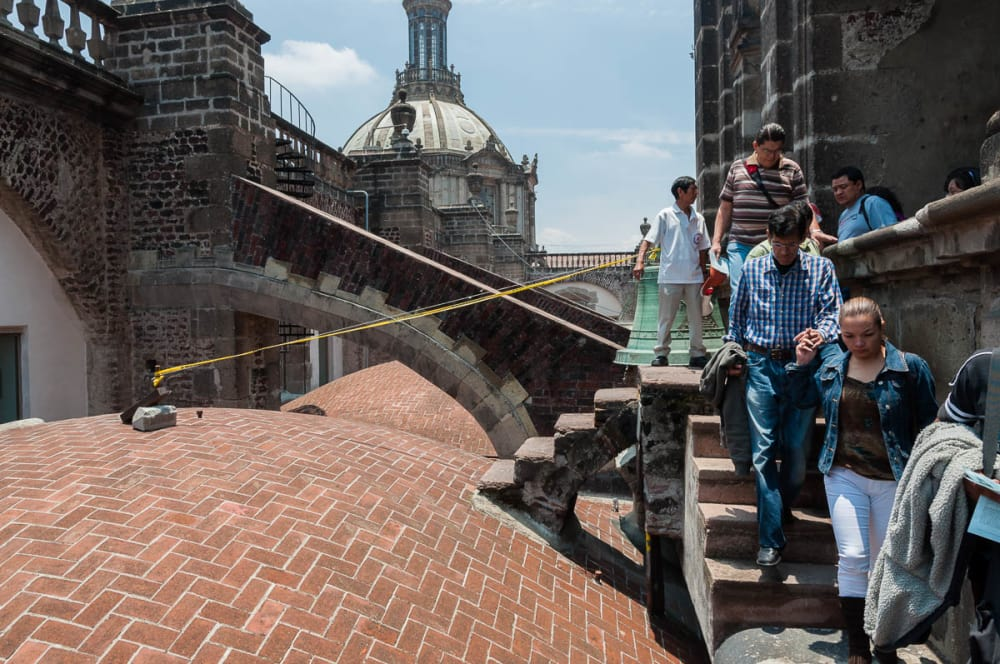 People on the vaults of Mexico City's Metropolitan Cathedral.