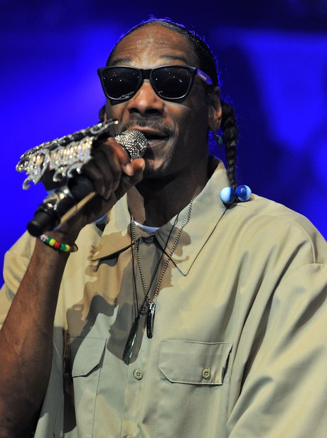 Whats snoop doggs real name