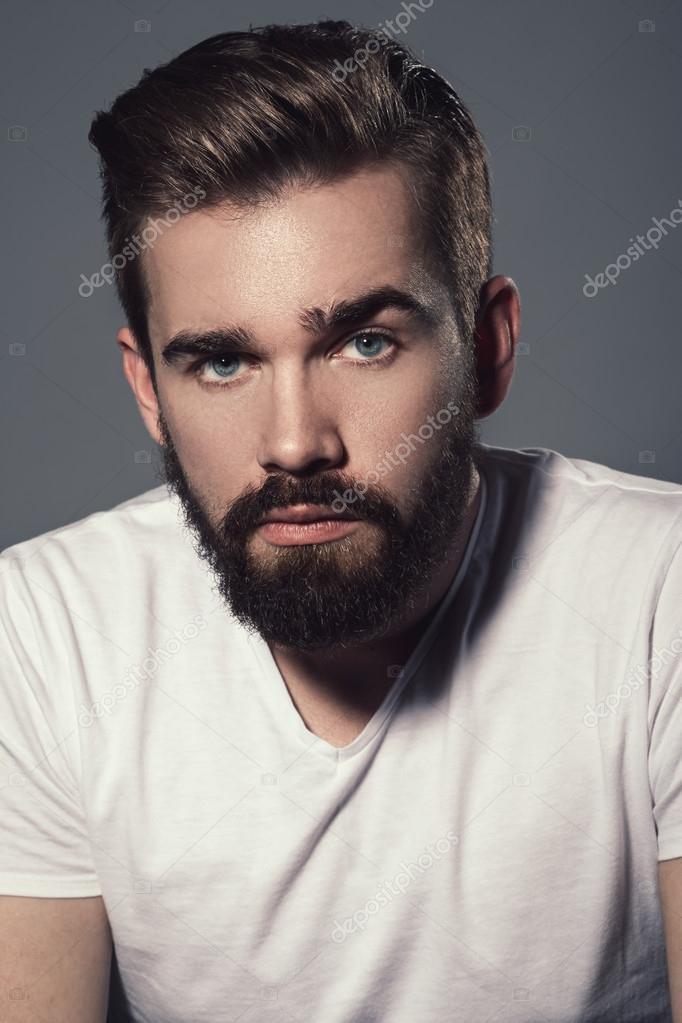 Мужчина с бородой картинки