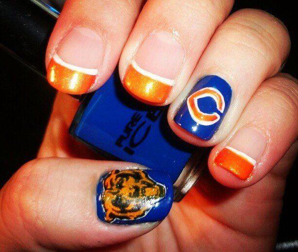 Chicago bears fingernails