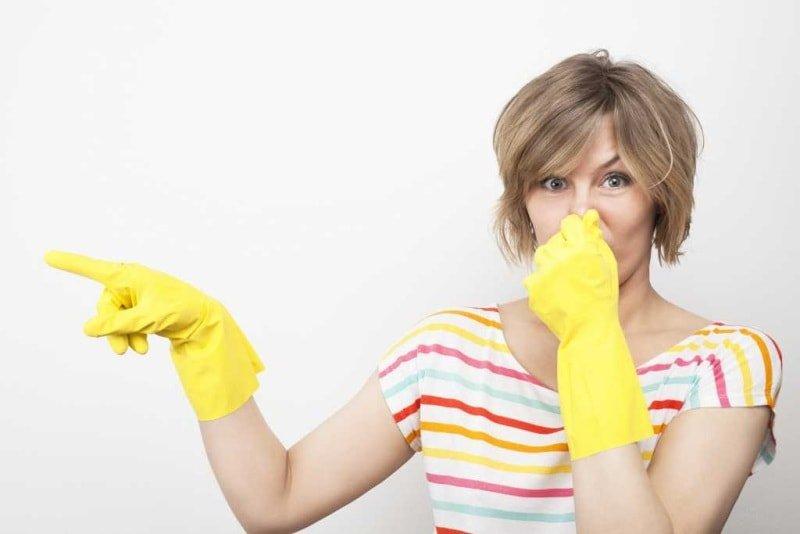 Как вывести неприятный запах