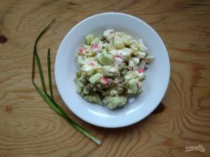Крабовые палочки горошек салат