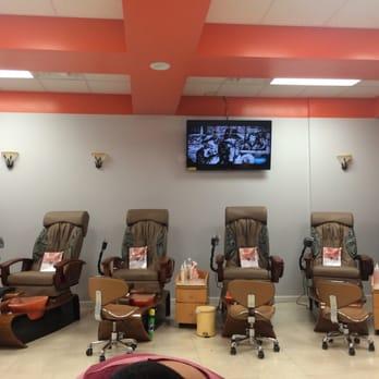 Modern nails salon