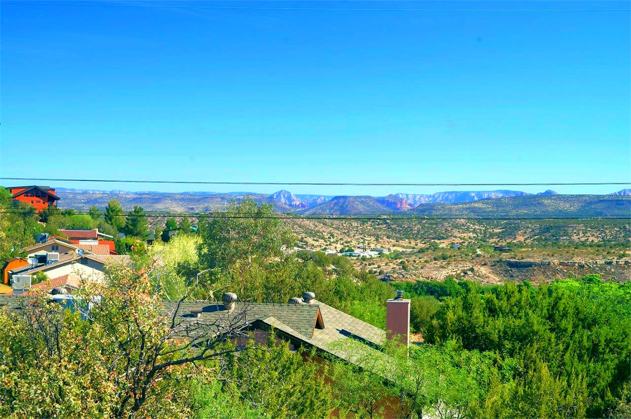 Sedona Red Rock Views to the North from the Lot for Sale