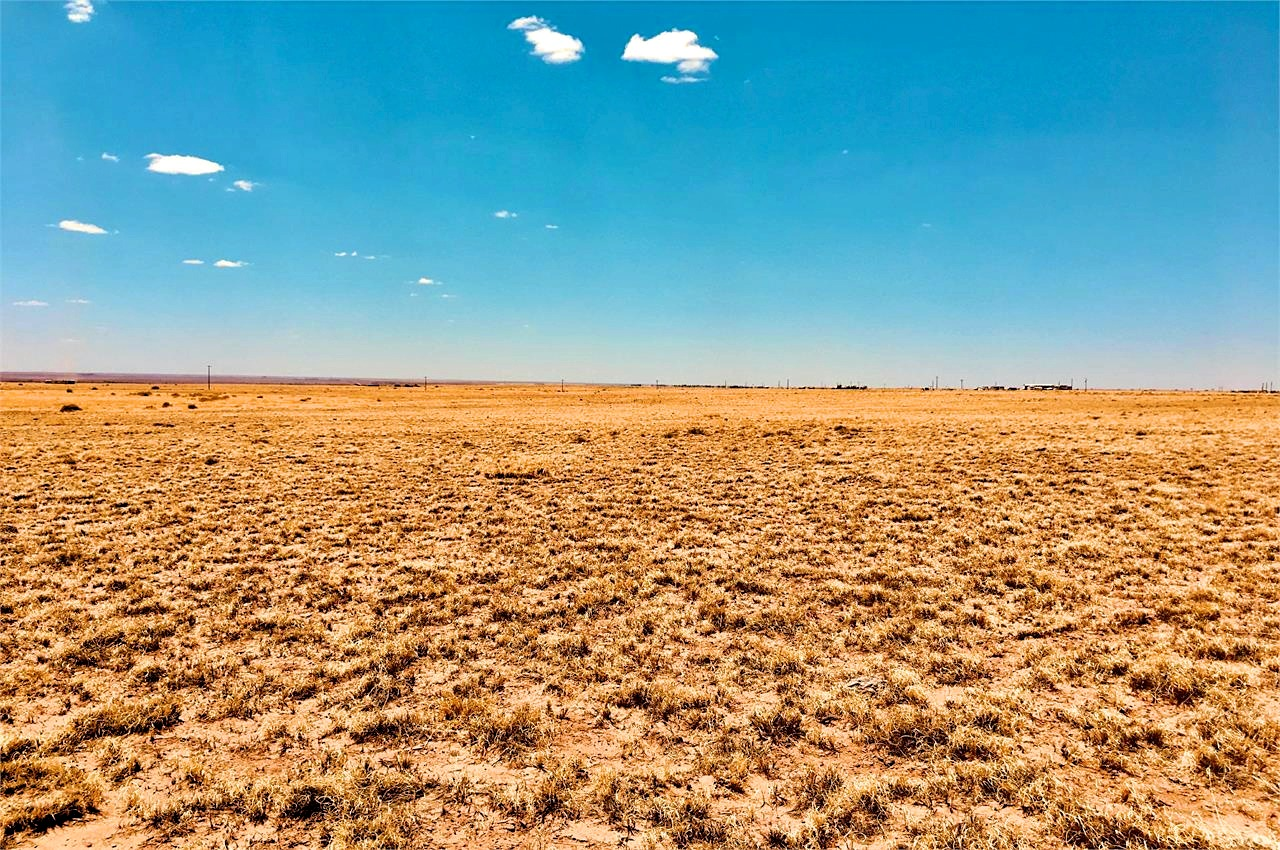 Wide open space with great views and good roads and no neighbors
