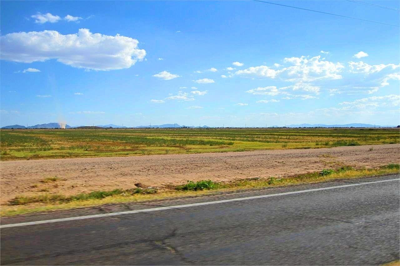 Road on to Pinal County