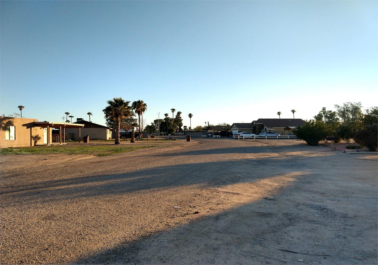 4035 N DEL MONTE DR - South of Neighborhood