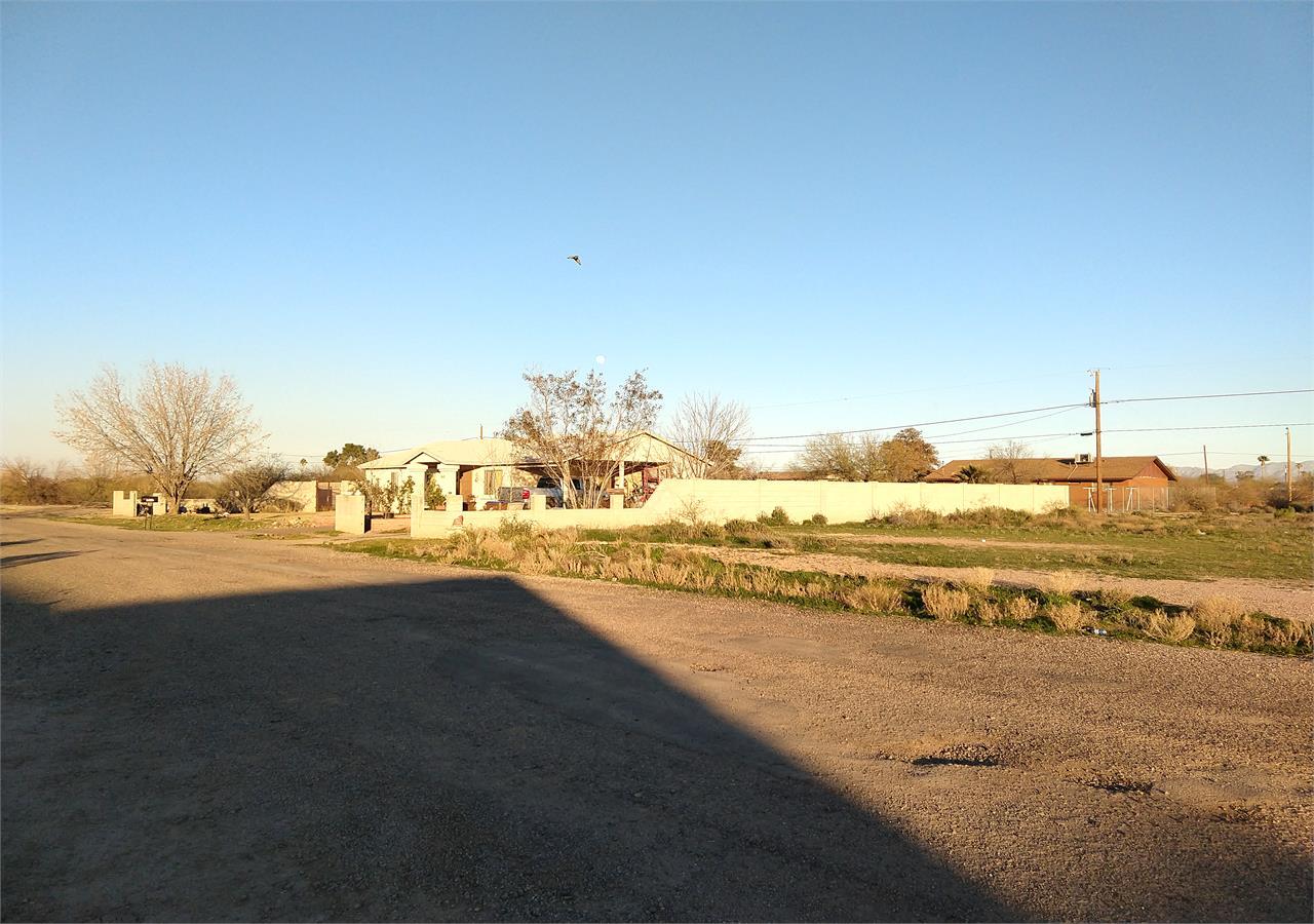 4035 N DEL MONTE DR - Neighborhood
