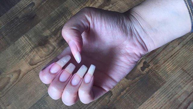 Grow long toenails