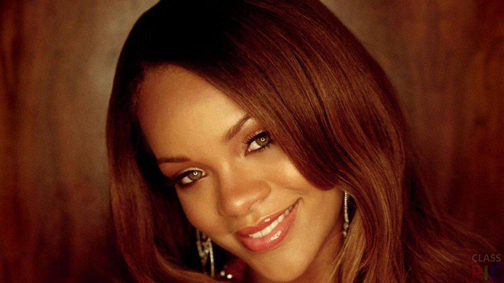 Rihanna красные волосы