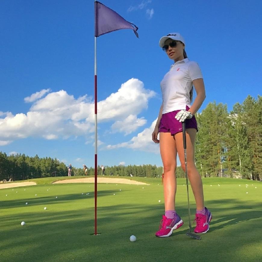 Королева гольф клуба