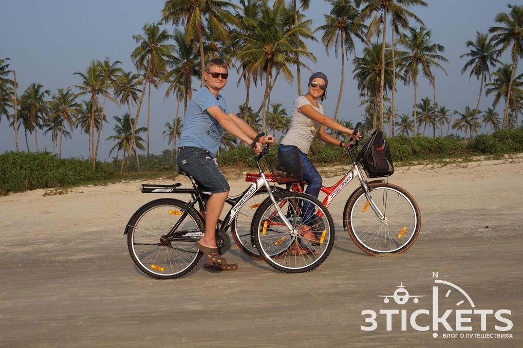 Прокат велосипедов на пляже Колва