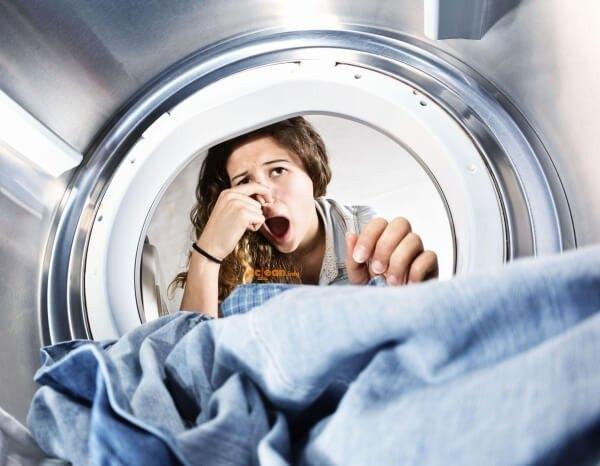 Как убрать неприятный запах в стиральной машине в домашних условиях