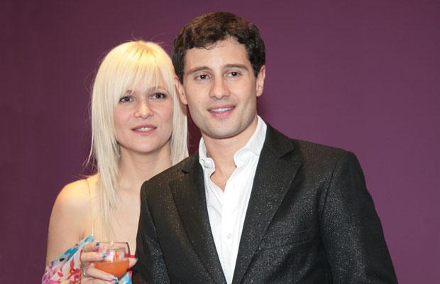 Фото антон макарский и его жена