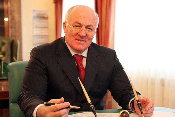 М. Сулейманов