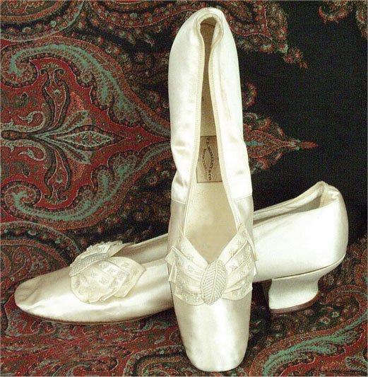 Обувь XIX века: «Принеси те самые черевички, которые носит царица, выйду тот же час за тебя замуж», фото № 6