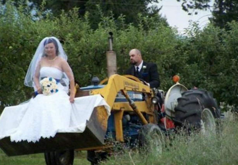 Девки на свадьбе тело говорит