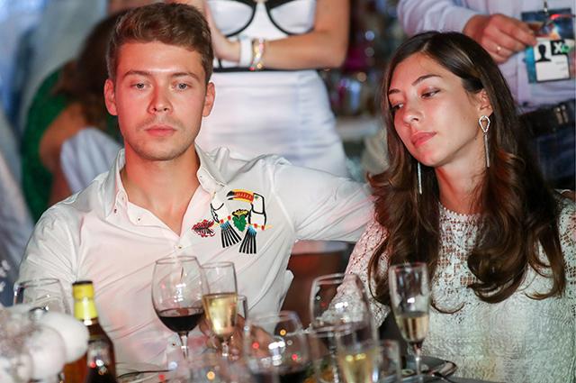 Илья Медведев и Яна Григорян