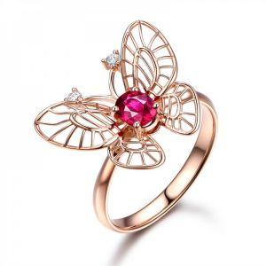 Wonderful emerald engagement ringon Myraygem