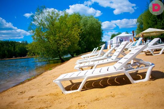 Платный пляж в