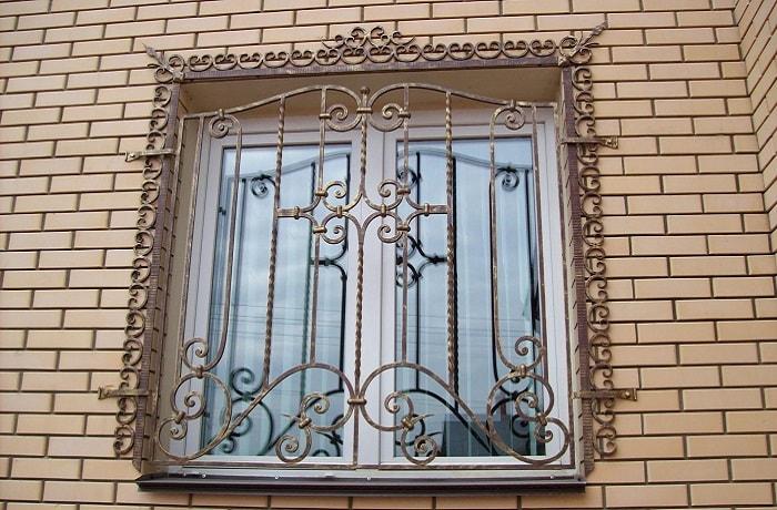 Замер перед заказом металлических решеток на окна
