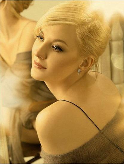 Актриса русского сериала блондинка