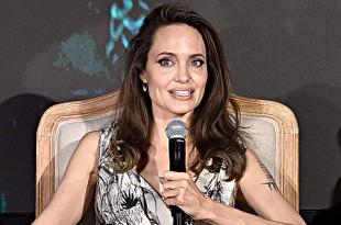"""Анджелина Джоли, Мишель Пфайффер и Эль Фаннинг на пресс-конференции фильма """"Малефисента: Владычица тьмы"""""""