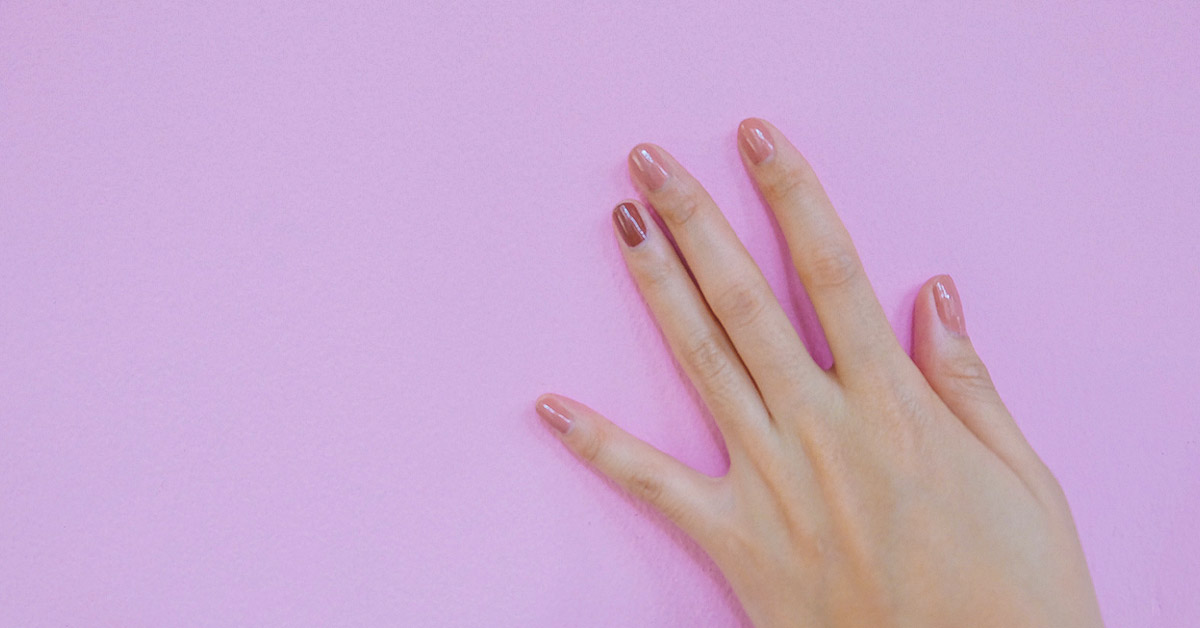 How to dry nails faster