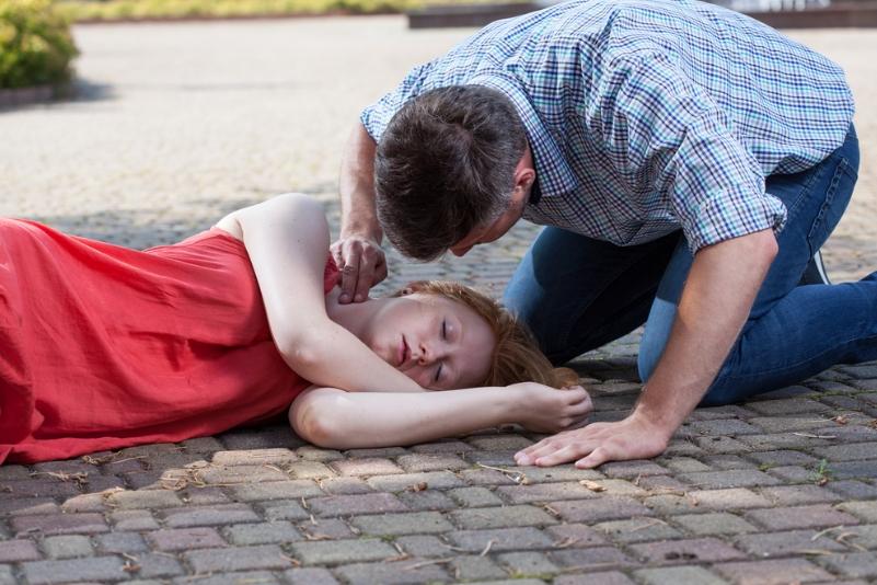 Непритомність може вказувати на ризик раптової смерті