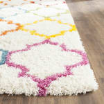Safavieh Layla Multicolored Quatrefoil Rug - 4