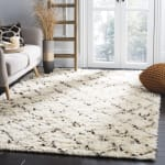 Safavieh Ivory Wool Rug - 1